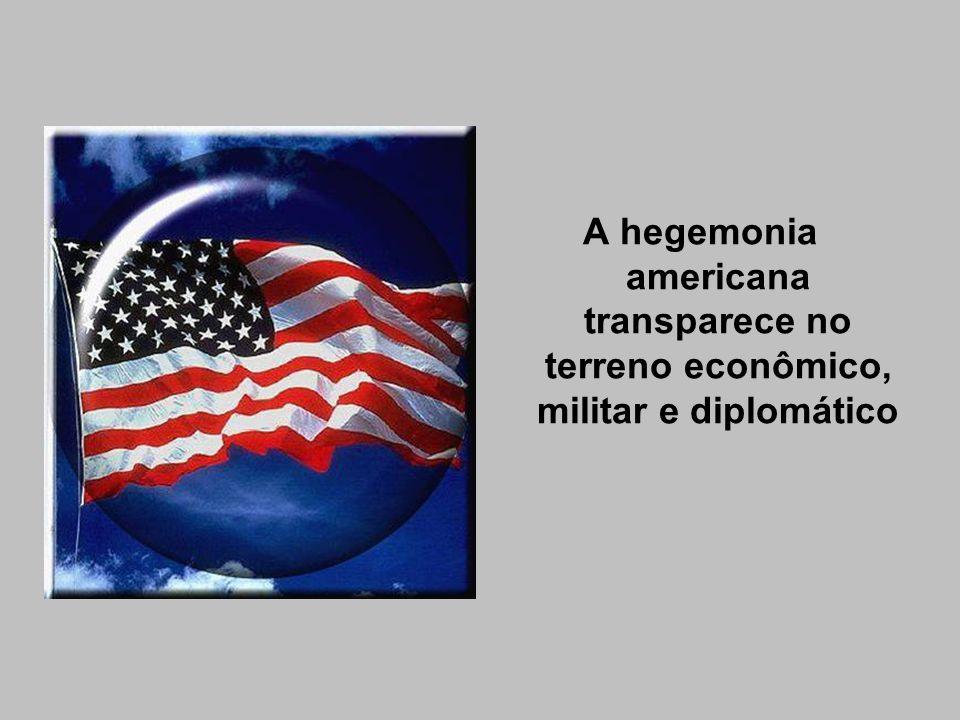 O dólar torna-se a moeda universal, expressando o fato de os EUA terem se tornado credores do chamado mundo ocidental.