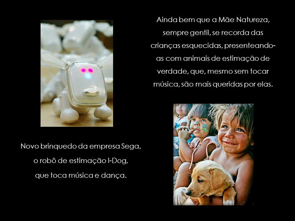 O brinquedo Hello Kitty mais caro do mundo, que custa cerca de R$ 340 mil, à venda no Japão; feita de platina, a boneca em miniatura tem diamantes, ru