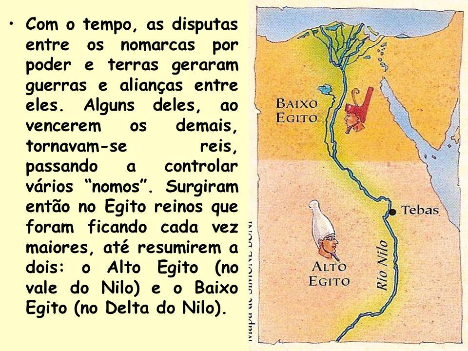 Por volta do ano 3200 a.C., o rei Menés, do Alto Egito (no vale do Nilo), conquistou o Baixo Egito (no delta do Nilo), unificando os dois reinos.