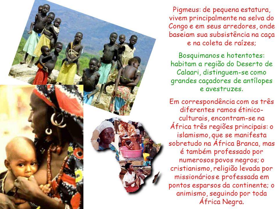 A maior parte da população africana constituída por diferentes povos negros, mas é expressiva quantidade de brancos, que vivem principalmente ao norte