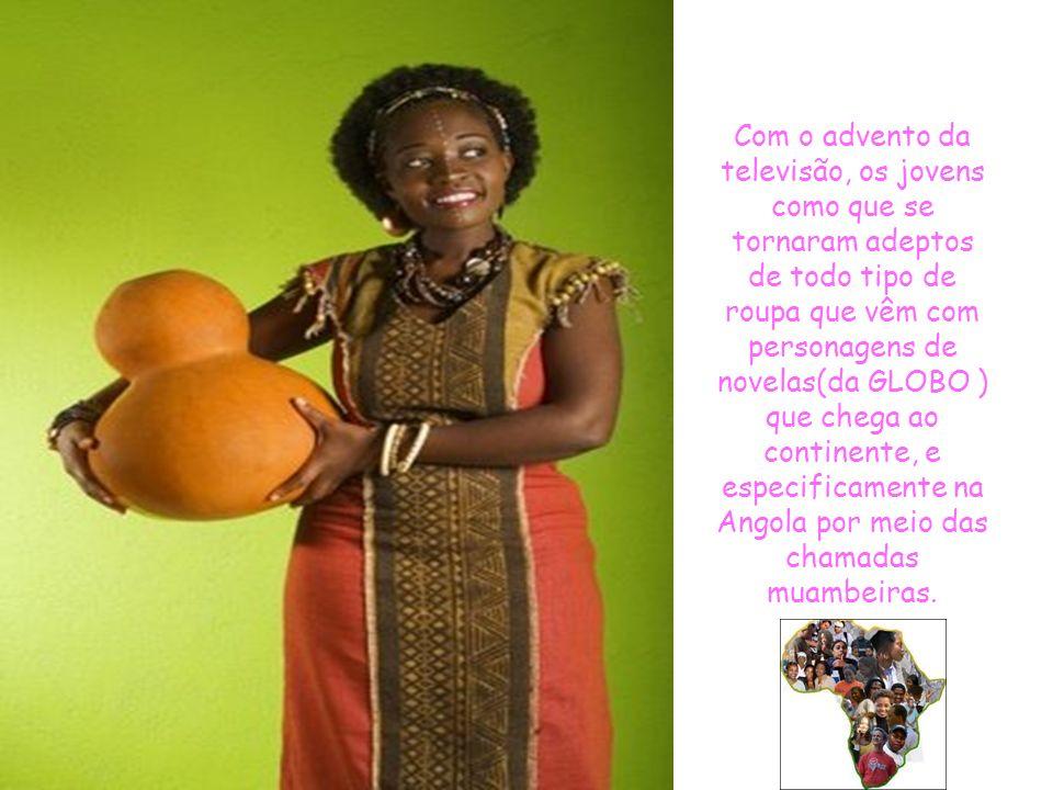 No continente africano, o traje típico é o quimono usado com pano amarrado à volta da cintura. Atualmente, este hábito de se vestir com trajes típicos