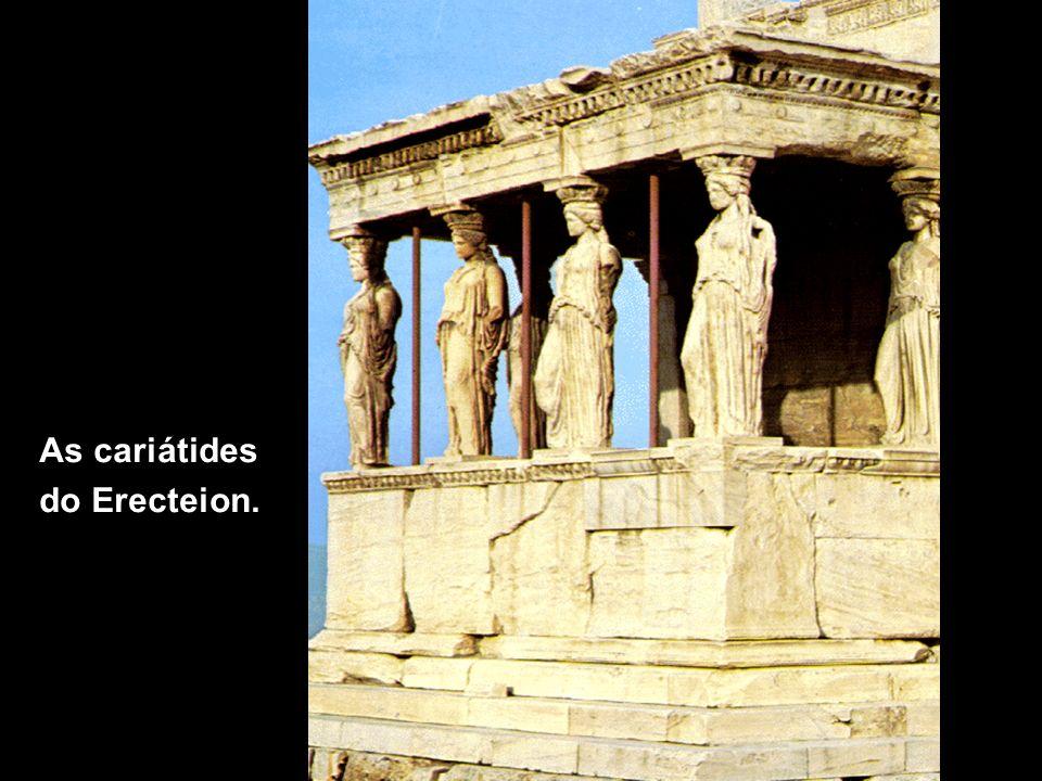 Teatro de Epidauro O teatro: evolução das artes e cerimônias.
