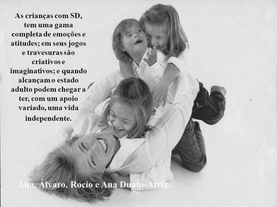 Ana, Álvaro, Rocío e Ana Duato-Atriz.