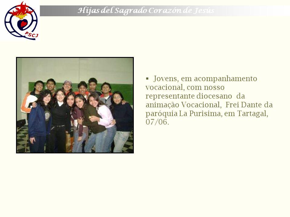 Hijas del Sagrado Corazón de Jesús Jovens que fizeram os Exercícios Espirituais.