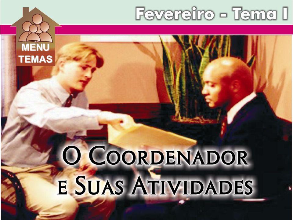 c) O líder democrático é centralizado no grupo, e partilha o controle com o grupo.