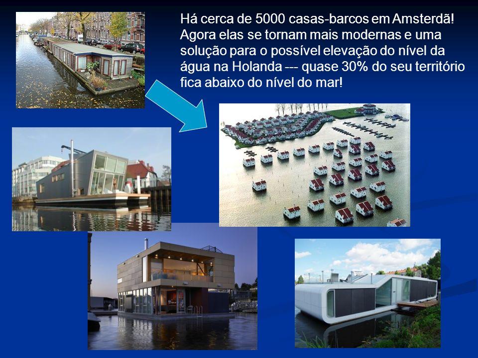 Há cerca de 5000 casas-barcos em Amsterdã! Agora elas se tornam mais modernas e uma solução para o possível elevação do nível da água na Holanda --- q