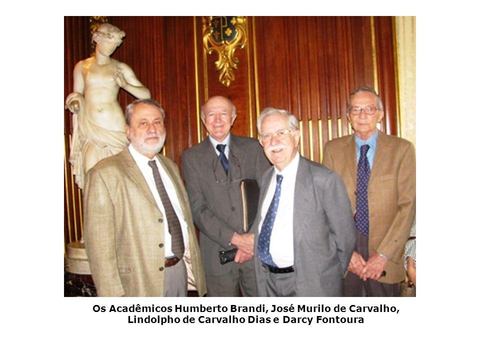 Os Acadêmicos Humberto Brandi, José Murilo de Carvalho, Lindolpho de Carvalho Dias e Darcy Fontoura