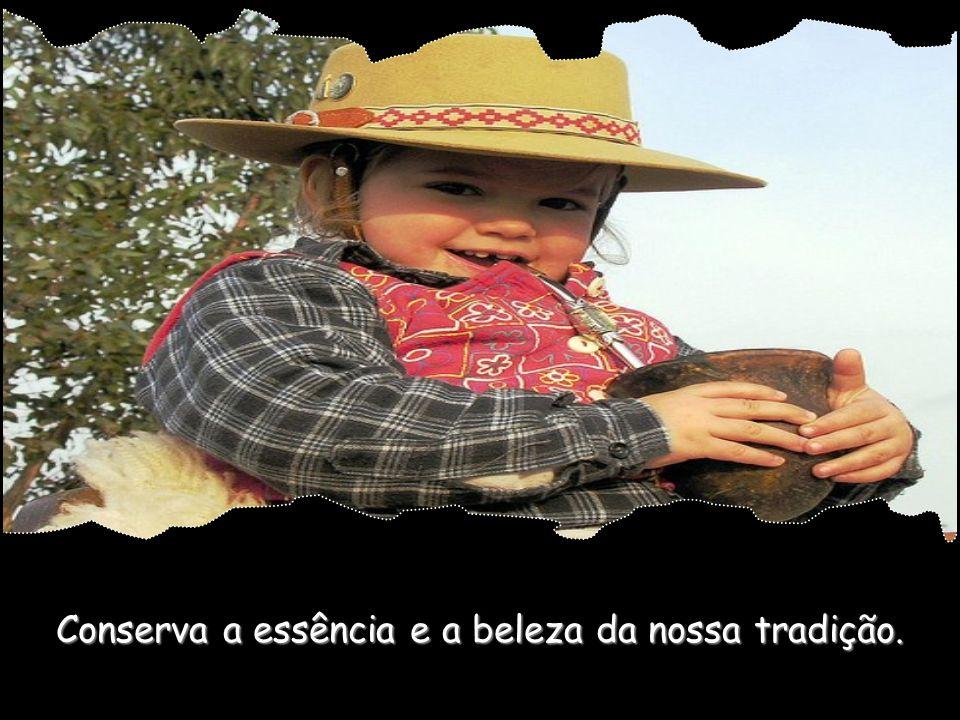 Dá-nos consciência para preservar a nossa cultura livre da invasão dos modismos.