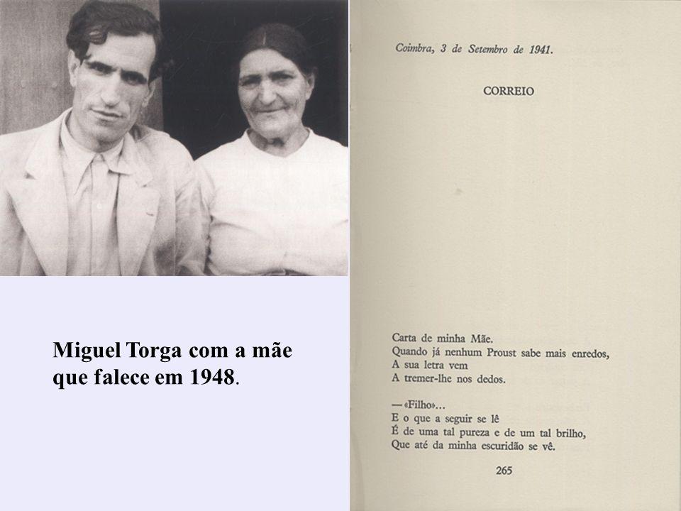 32 Miguel Torga com a mãe que falece em 1948.
