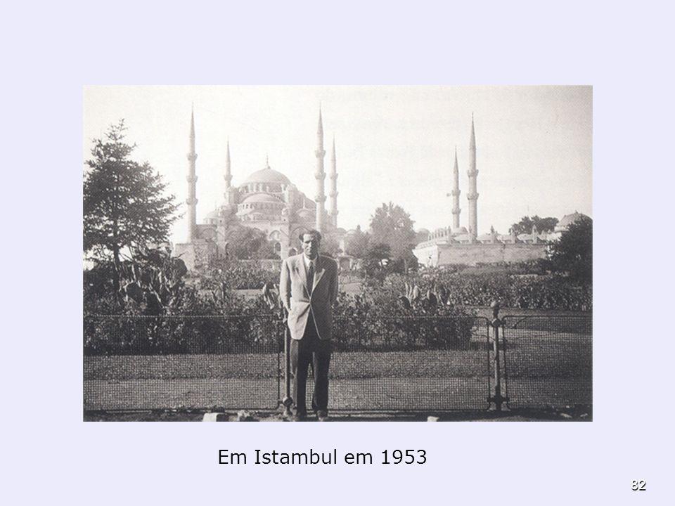 82 Em Istambul em 1953