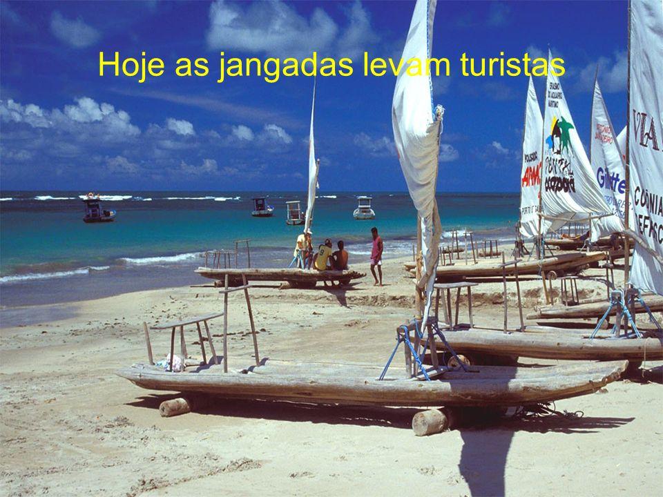 ... e transportados às praias