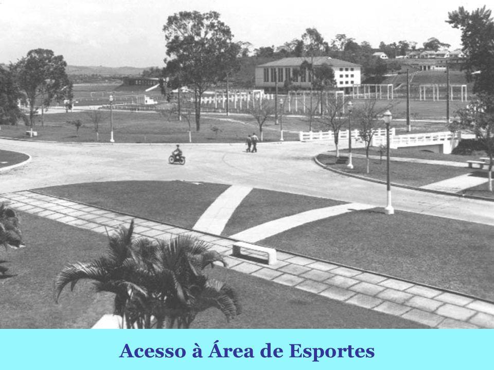 Pérgola e Área de Esportes