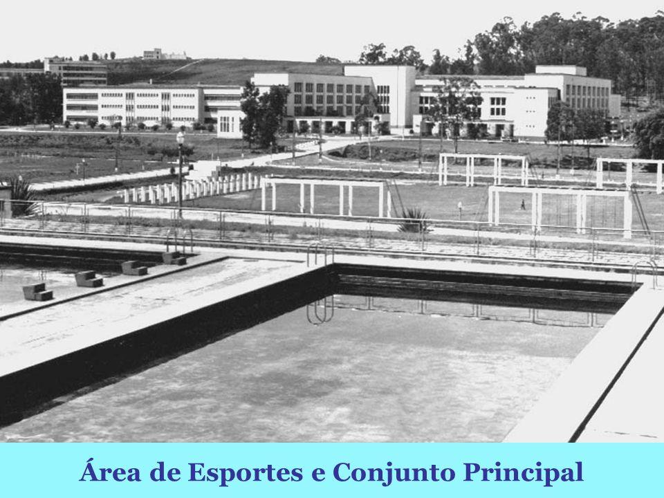 Conjunto Principal visto da piscina