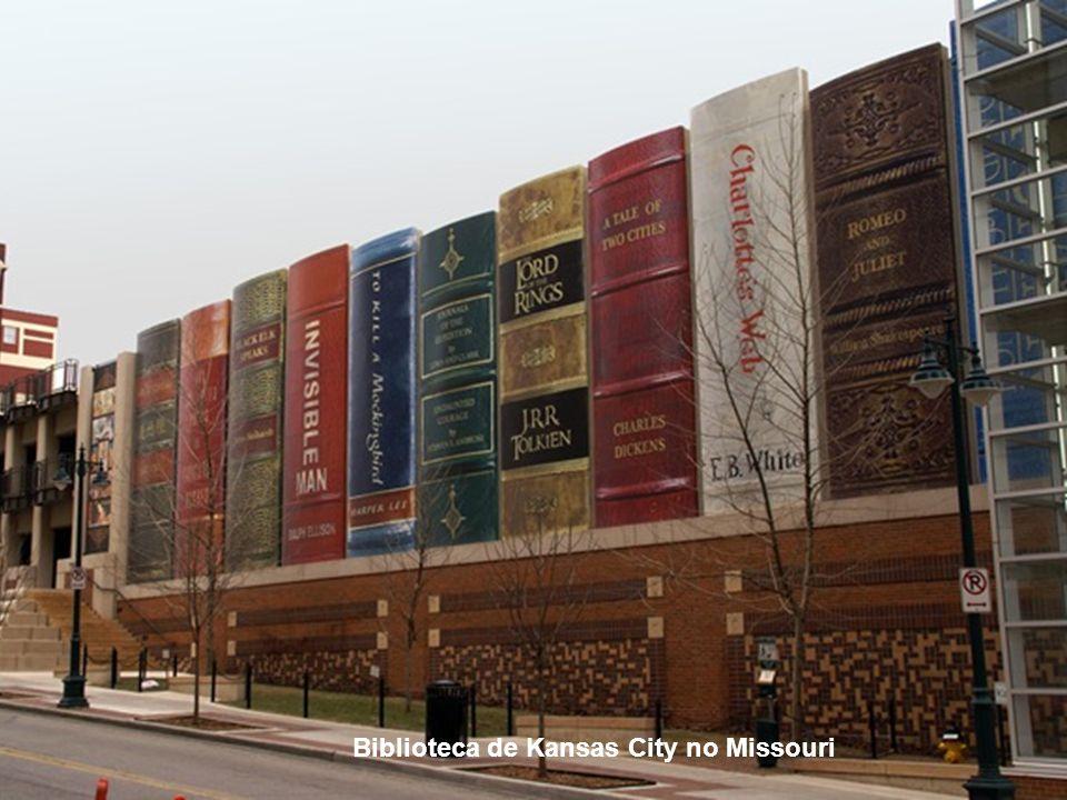 Biblioteca ou edifício?
