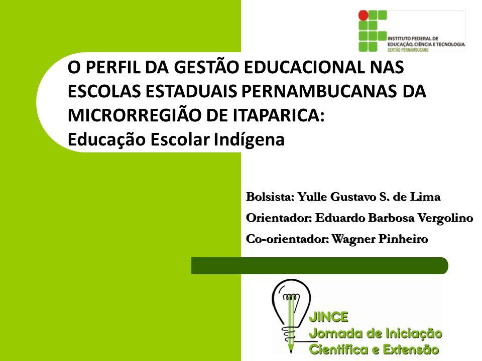 Analisar as relações de poder nas escolas no âmbito da relação entre coordenação e direção escolar, como também o currículo das escolas envolvidas.