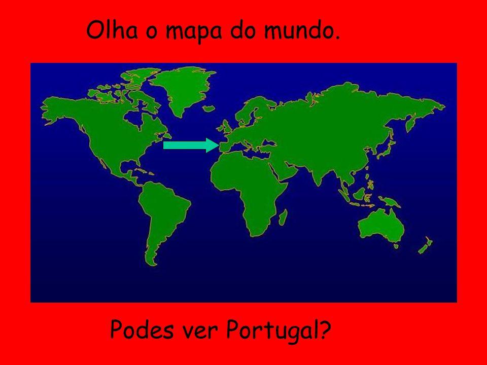 Lisboa tem muitas colinas. Muitas pessoas vão no eléctrico.