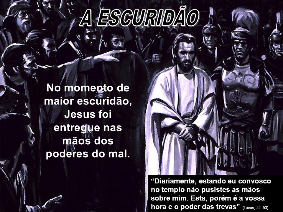 Quem entregou a Jesus nas mãos dos pecadores.Quem entregou a Jesus nas mãos dos pecadores.