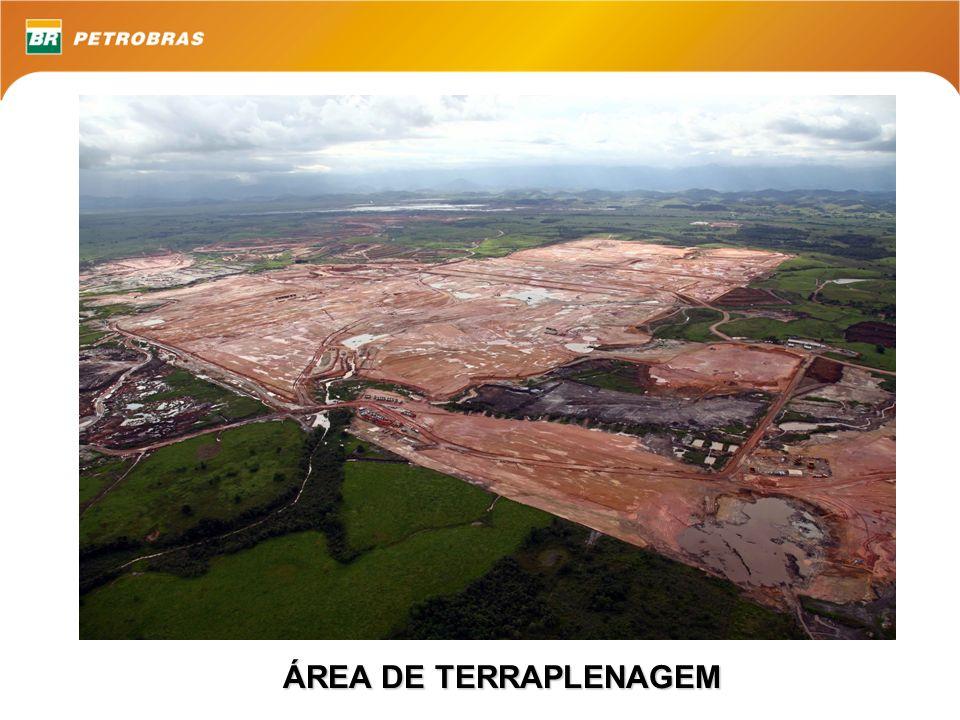 ÁREA DE TERRAPLENAGEM