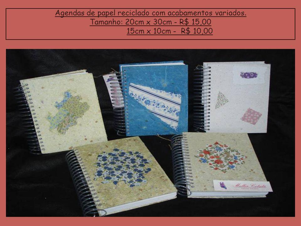 Agendas de papel reciclado com acabamentos variados. Tamanho: 20cm x 30cm - R$ 15,00 15cm x 10cm - R$ 10,00