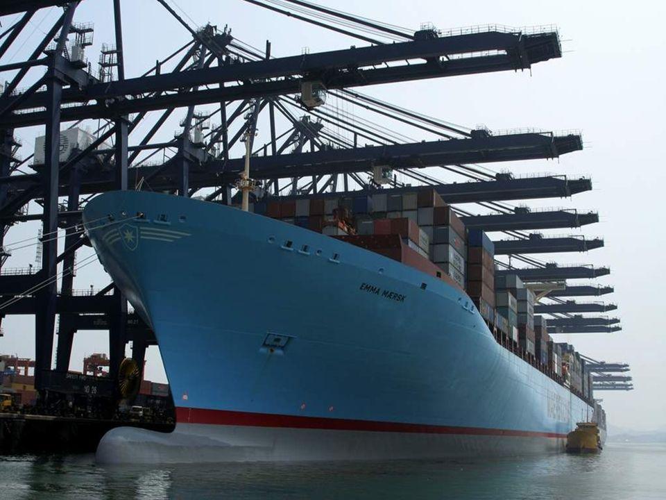 Origem – Dinamarca Comprimento – 396,84 metros Largura – 63,1 metros Carga net - 123,200 tons Motor diesel - 14 cilindros em linha (110,000 BHP)