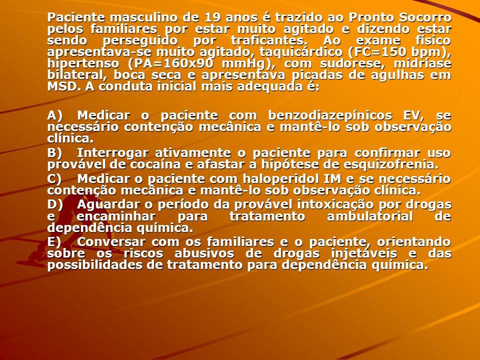 Anorexia Perda de peso e recusa em manter peso em faixa normal Medo mórbido de engordar Distorção da imagem corporal Amenorréia por 3 ciclos (distúrbio do eixo) Subtipos: restritivo e bulímico (purgativo)