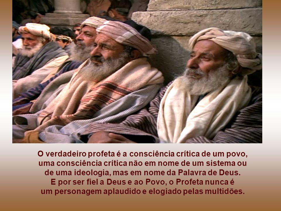 - Jesus, porém, passando pelo meio deles, continuou o seu caminho... Quem são os Profetas? A palavra
