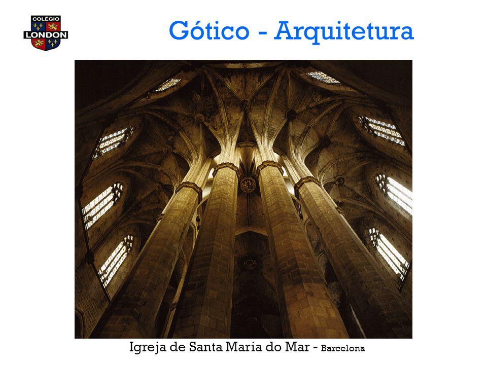 Gótico - Arquitetura Catedral de Notre-Dame Paris