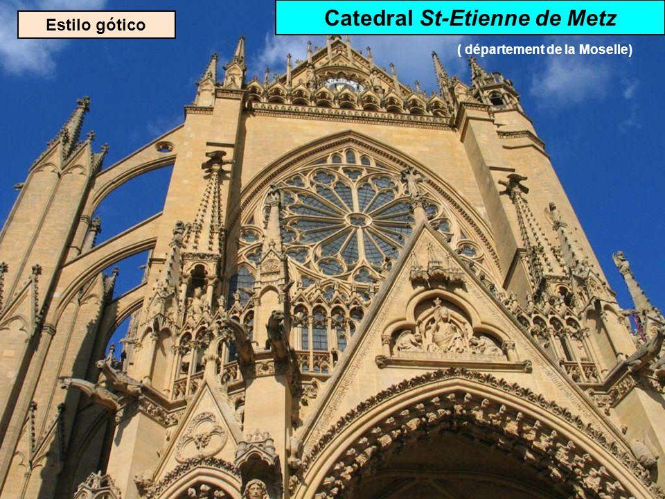 Estilo gótico Catedral Sainte- Croix d'Orléans ( département du Loiret)
