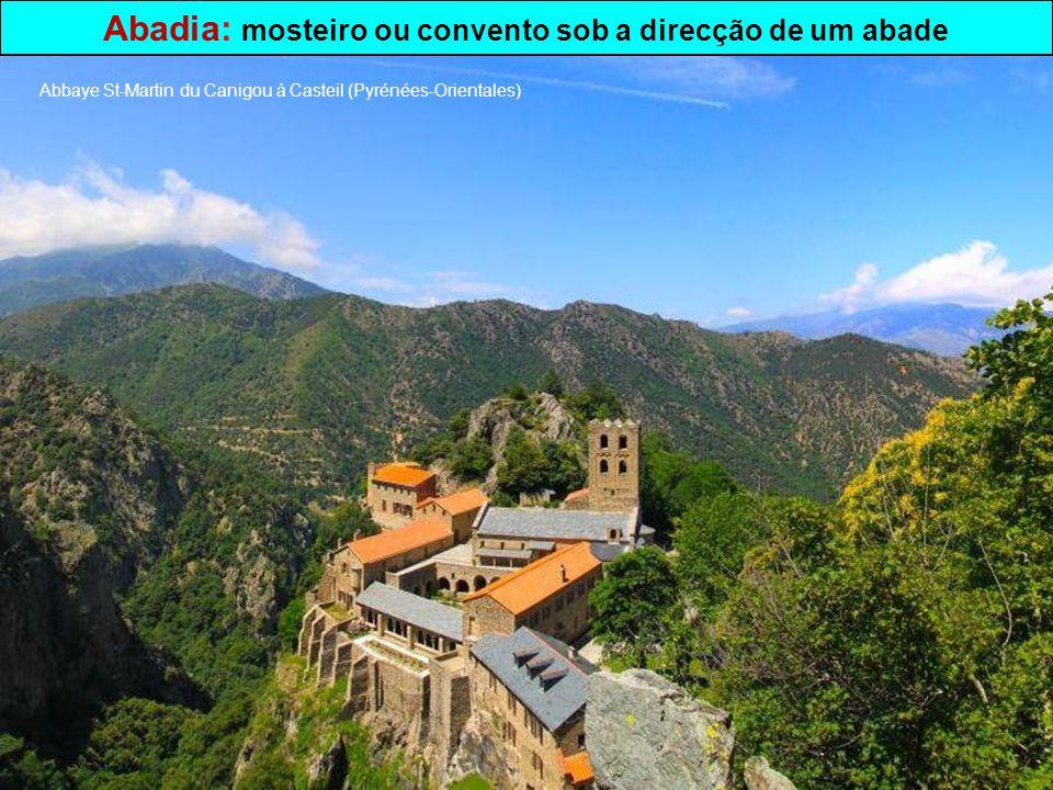 Convento: c asa onde vivem religiosos ou religiosas Couvent du Mont Ste-Odile (Bas-Rhin)