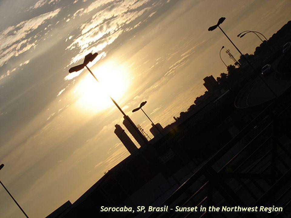 Sorocaba, SP, Brasil – Commercial Ave. in Western Region