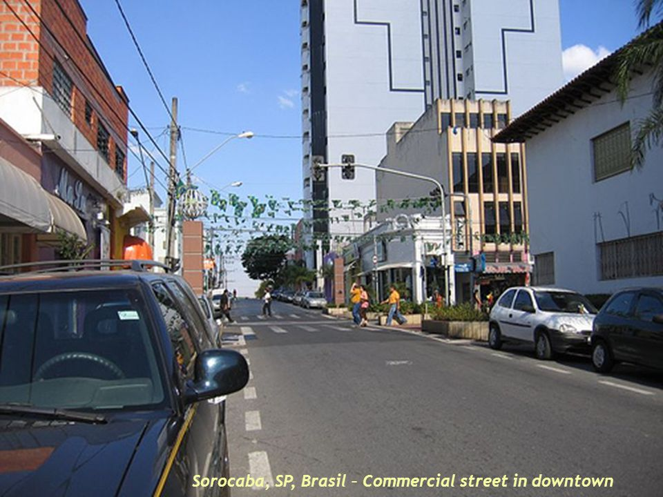 Sorocaba, SP, Brasil – Commercial street in downtown