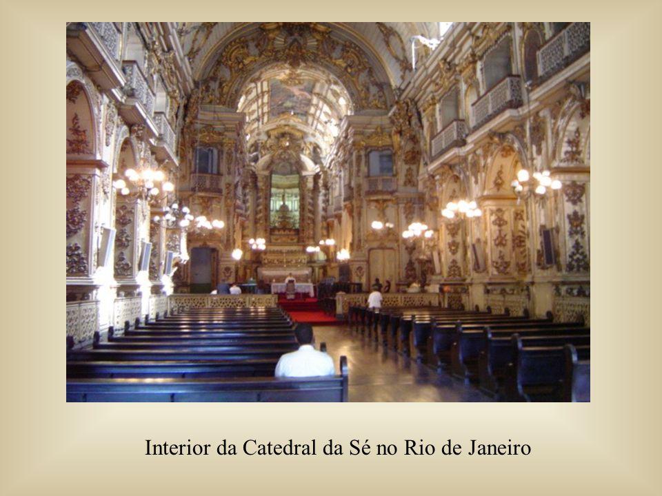 Interior da Catedral da Sé no Rio de Janeiro