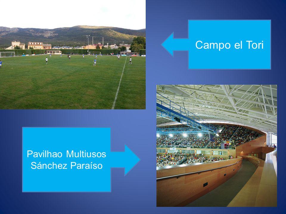 Piscinas municipais.Em Salamanca há duas piscinas municipais cobertas.