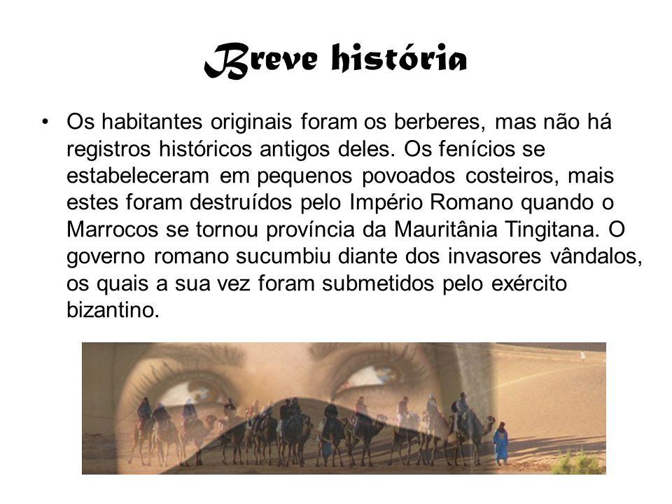 Breve história Os habitantes originais foram os berberes, mas não há registros históricos antigos deles. Os fenícios se estabeleceram em pequenos pov