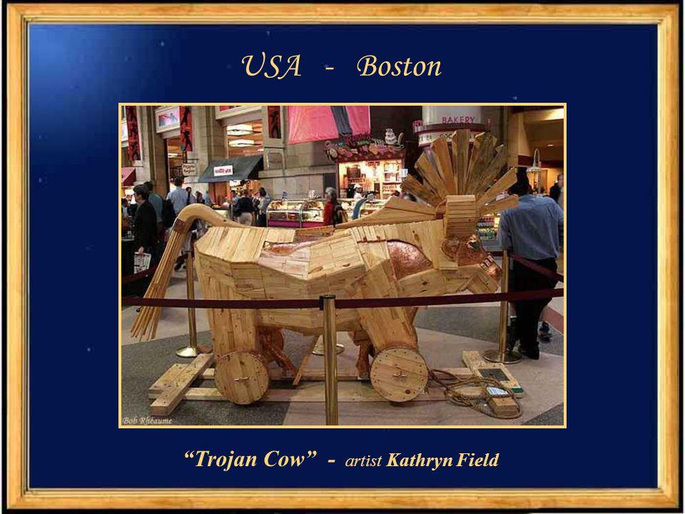 United Kingdom - Edinburgh Cowzan - artist Caroline Fearon