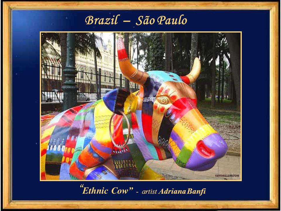 Ethnic Cow - artist Adriana Banfi