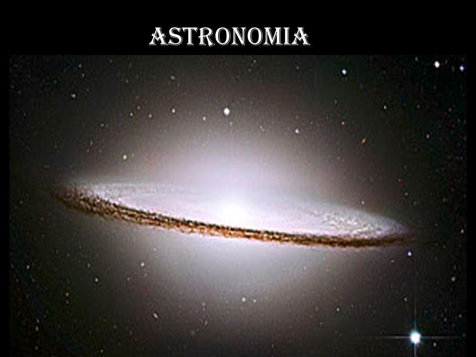 1º- A Galáxia do Sombrero - distante 28 milhões de anos luz da Terra - foi eleita a melhor foto, captada pelo Hubble.