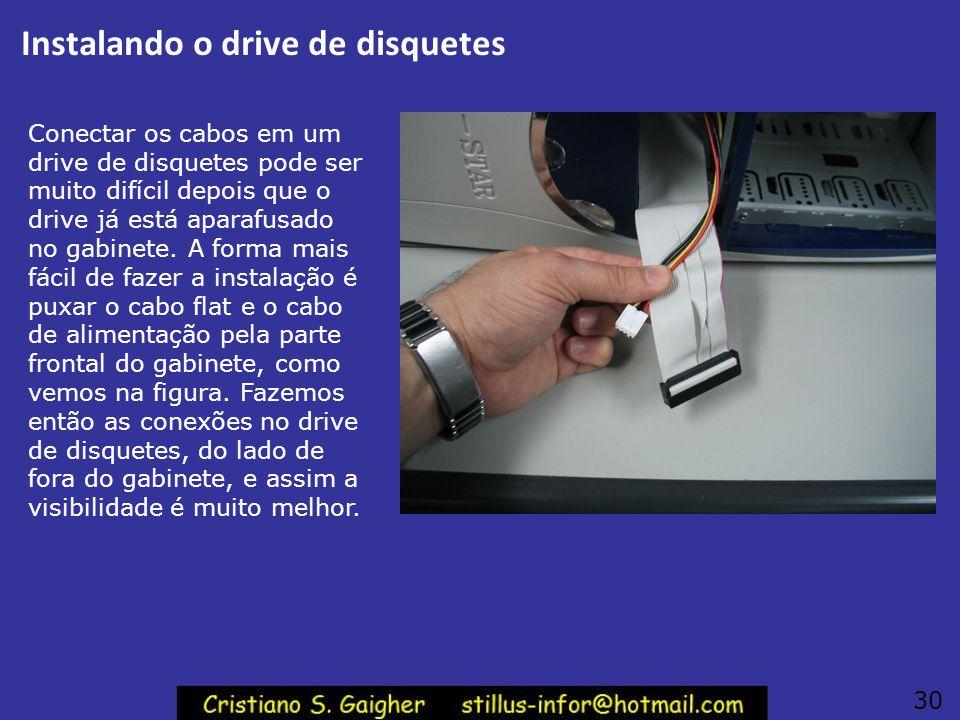 Instalação do drive de disquetes 29