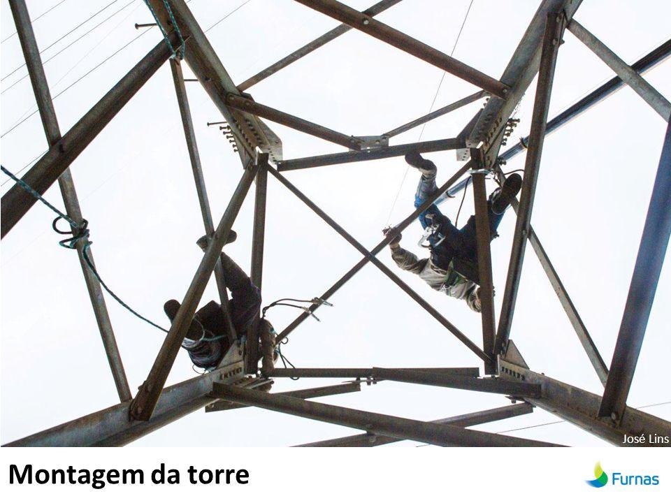 Montagem da torre José Lins