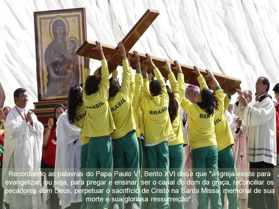 """Disse-nos o Papa Bento XVI, em 18.09.2011: """"O Evangelho transformou o mundo e ainda o está transformando, como um rio que irriga um grande campo"""": """"A"""