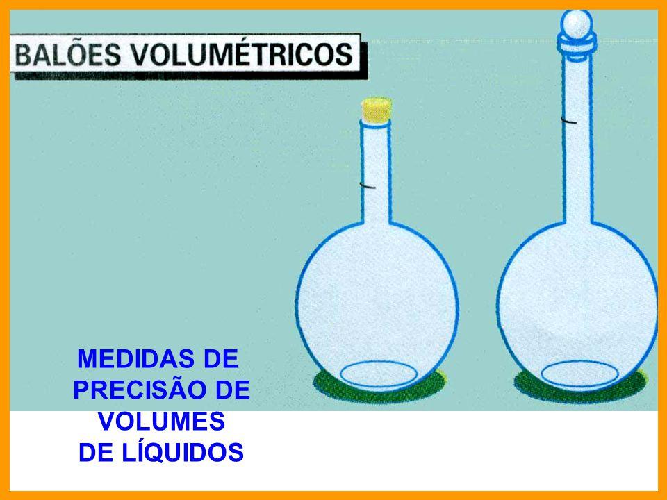 Calcular a concentração hidroxiliônica e o pH de uma solução aquosa 0,01 molar de hidróxido de sódio, a 25°C.