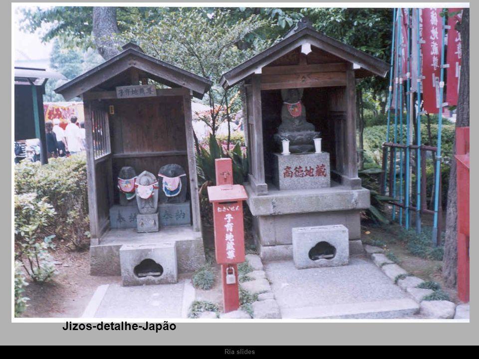 Ria slides Jizos-detalhe-Japão