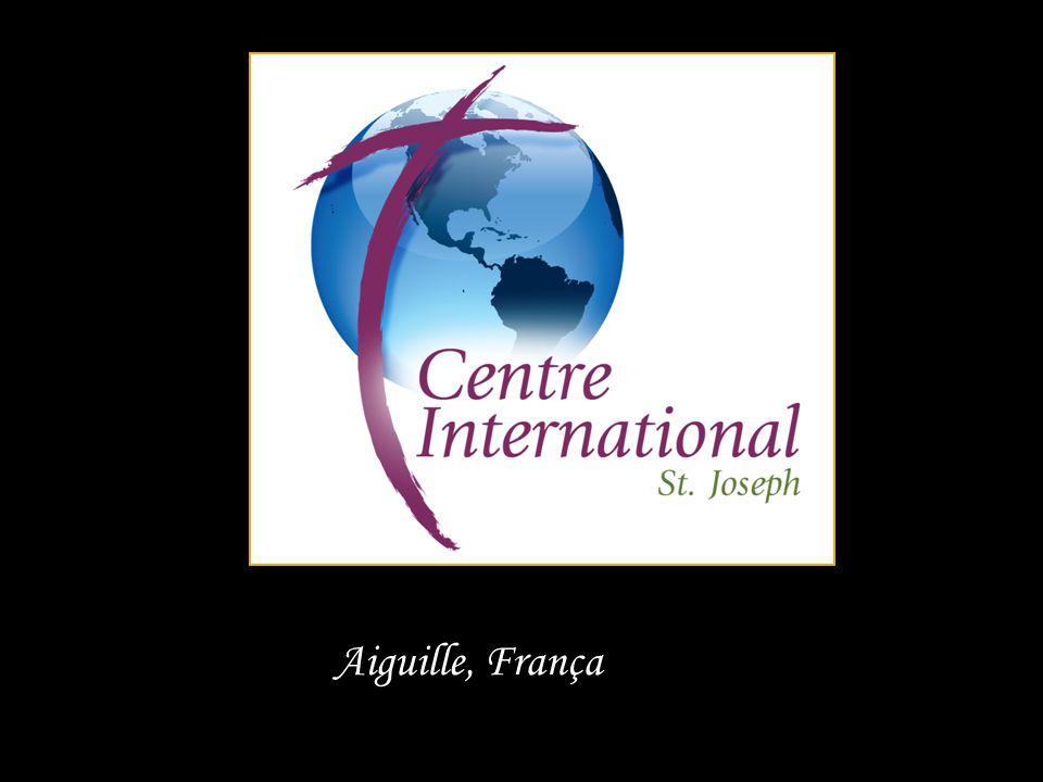 O Centro Internacional assume programas e peregrinações...
