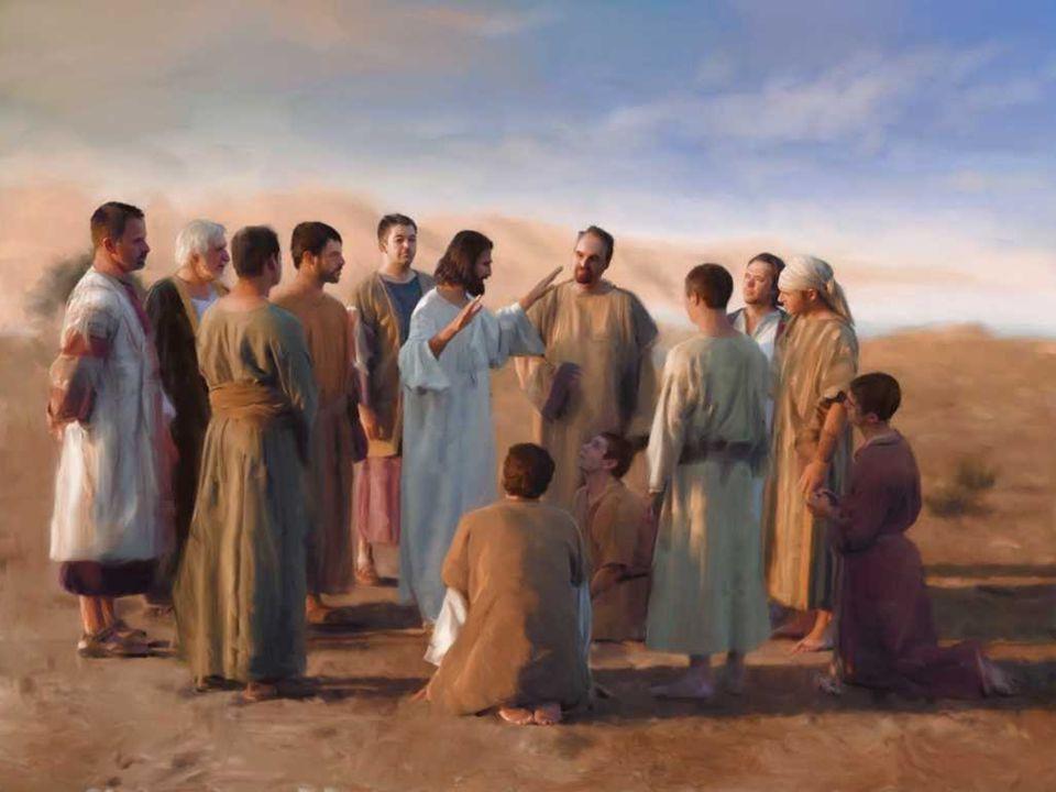 No Evangelho, temos a Missão dos Apóstolos: (Mc 6, 7-13) + Jesus CHAMA os 12 e os ENVIA dois a dois a pregar.