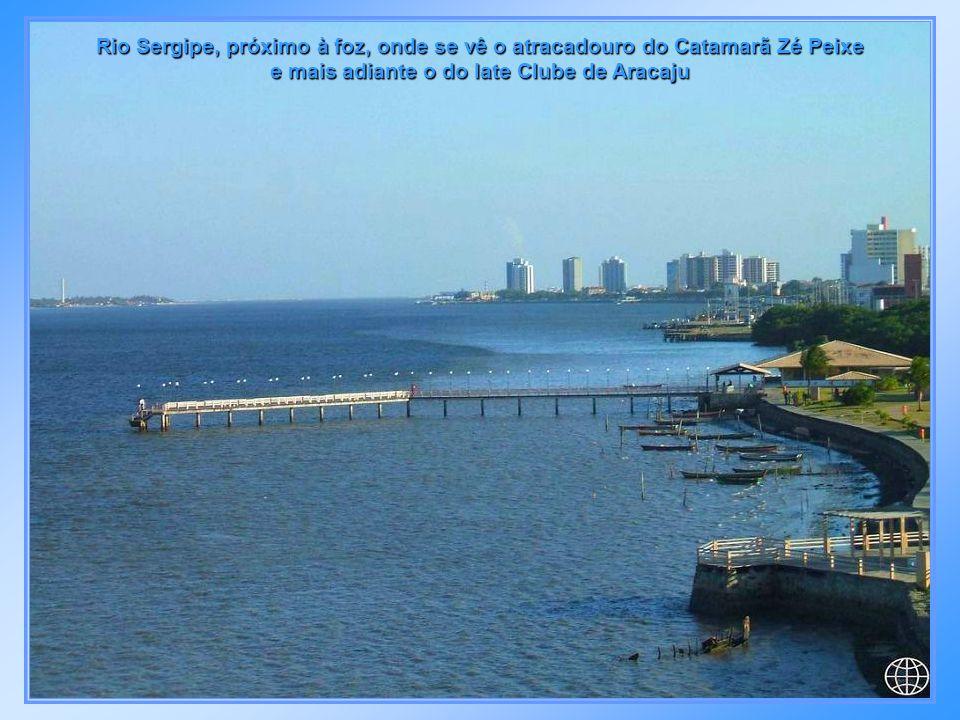 Ancoradouro - Ponte do Imperador, construído em 1859 às margens do Rio Sergipe no centro da cidade, que serviu para o desembarque do Imperador D.