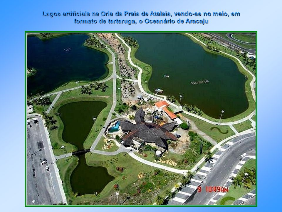 Av. Beira Mar, Calçadão da 13 de Julho e Rio Sergipe, vendo-se no final a Coroa do Meio, Lagoa do Apicum e Shopping Riomar