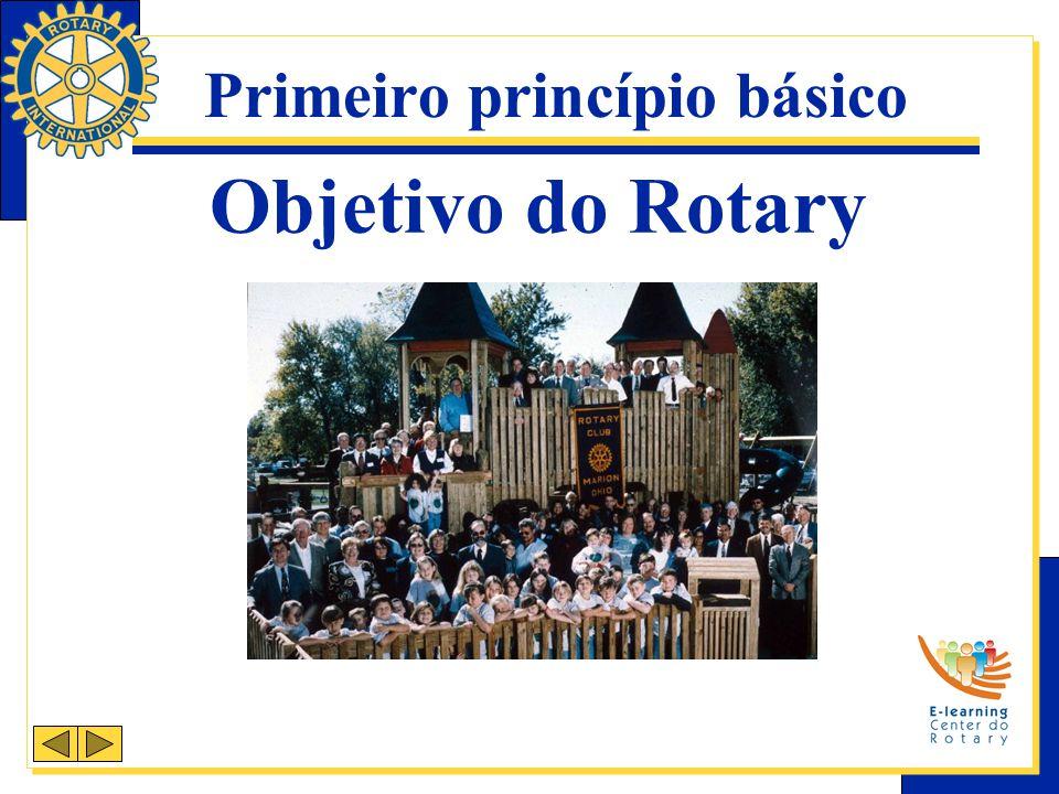 Segunda Avenida de Serviços Serviços Profissionais Incentiva rotarianos a servir por meio de suas profissões e a promover altos padrões de ética.