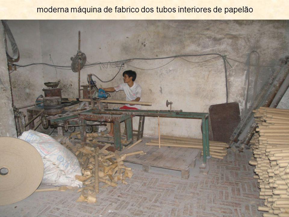 moderna máquina de fabrico dos tubos interiores de papelão