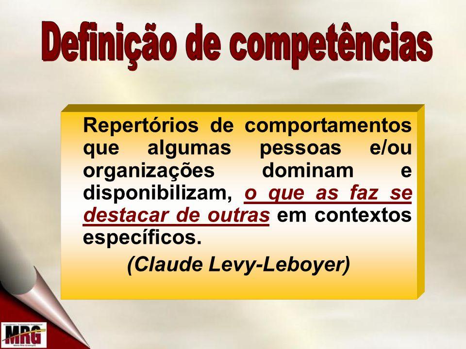 Repertórios de comportamentos que algumas pessoas e/ou organizações dominam e disponibilizam, o que as faz se destacar de outras em contextos específicos.