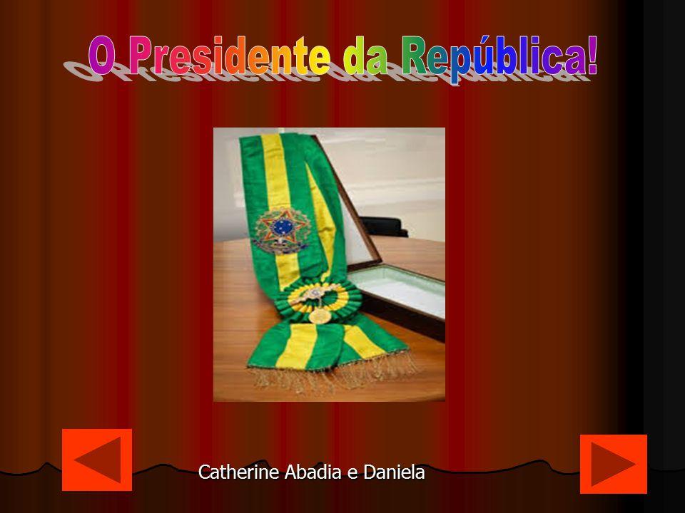 Dilma Vana Rousseff Nascida na capital mineira de Belo Horizonte em 1947, Dilma Vana Rousseff é formada em Ciências Econômicas pela Universidade Federal do Rio Grande do Sul.